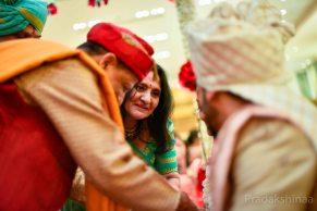 mumbai_candid_wedding_photographer_wedding_photographer_pradakhsinaa_storiesbypradakshinaa_2018_gujratiwedding_photography_asianweddingphotographer_india_2018 -30