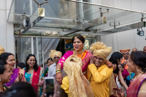 mumbai_candid_wedding_photographer_weddings_pradakshinaa_storiesbypradakshina_marathiwedding_photography_asianweddingphotographer_india_2018-SU-37