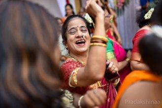 www.pradakshinaa.com_mumbai_candid_wedding_photographer_marathiwedding_bestweddingphotographer_2019_photographer_Pradakshinaa-T+S-88